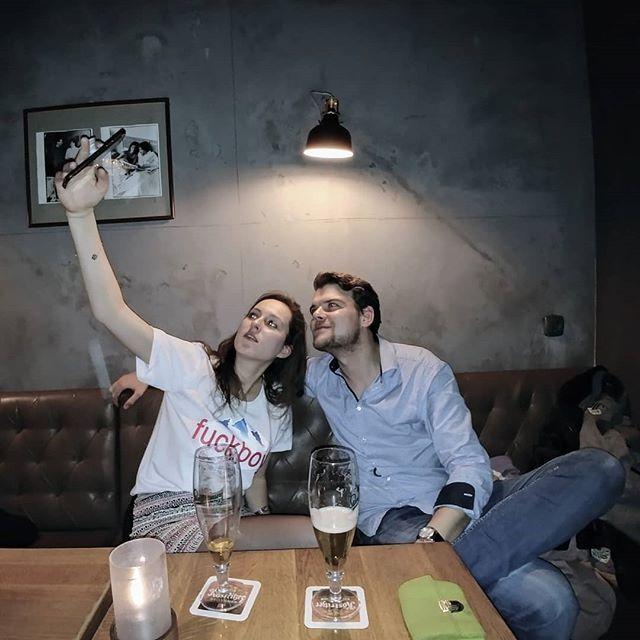 #selfieäktschn